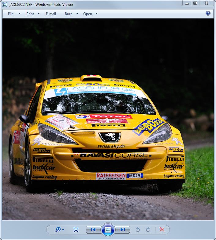 Screenshot: Windows 7 Photo Viewer displaying Nikon NEF file